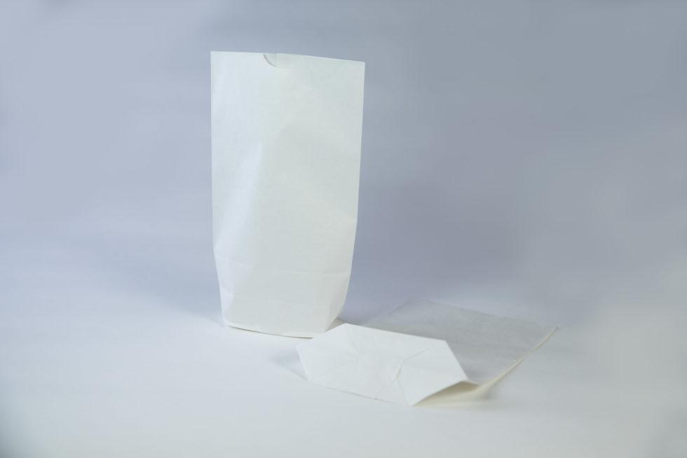 Sac écorné en papier kraft blanchi